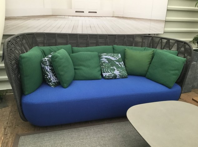 Outdoor-Sofa Bay B&B Italia