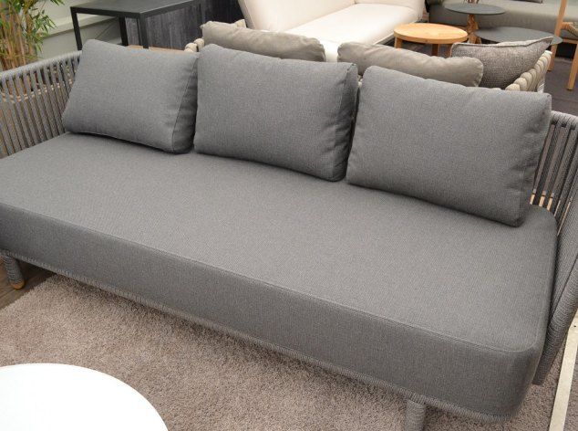 Outdoor-Sofa Moments Cane Line