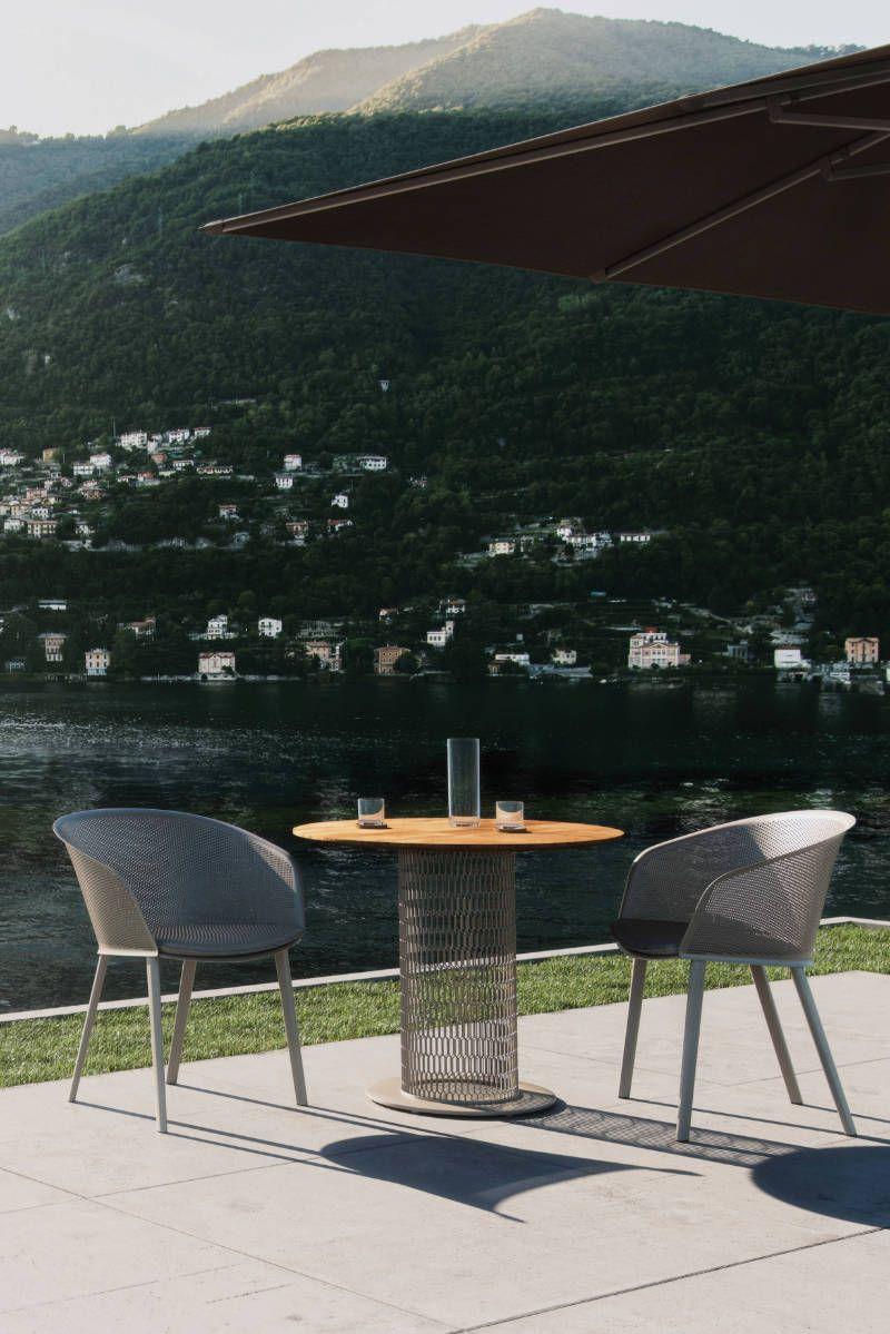 FRETZ, Exklusive Outdoor Möbel, Stühle mit Tisch